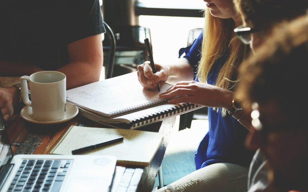 Learn to be recherche un.e aide en communication bénévole
